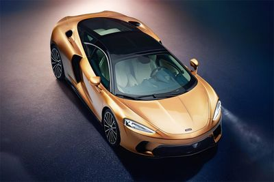 Automotive,McLaren GT,new,Grand Tourer,twin-turbocharged 4.0-litre V8,612bhp power output,first ever,carbon fibre chassis,'MonoCell' monocoque tub,storage space,cars,
