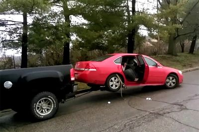 Automotive,Epic,Repo,Battles,repossessed,fight,fighting,towing,tow truck,crazy,cops,news,