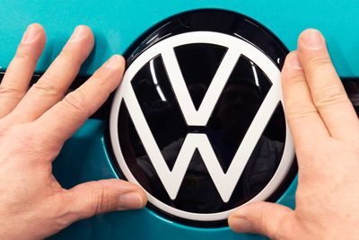 SXdrv,electric,name change,Angry,Media,Hoax,Fools,April,Voltswagen,Volkswagen,news,